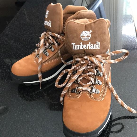 abfbf9f737d Women's Timberland Size 8 Tan Hiking Boots NWT